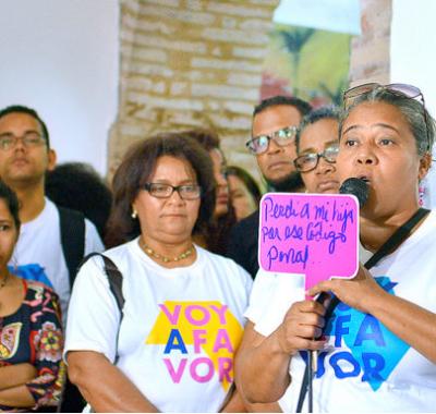 """Lanzan campaña """"Voy a favor"""" por las tres causales del aborto"""